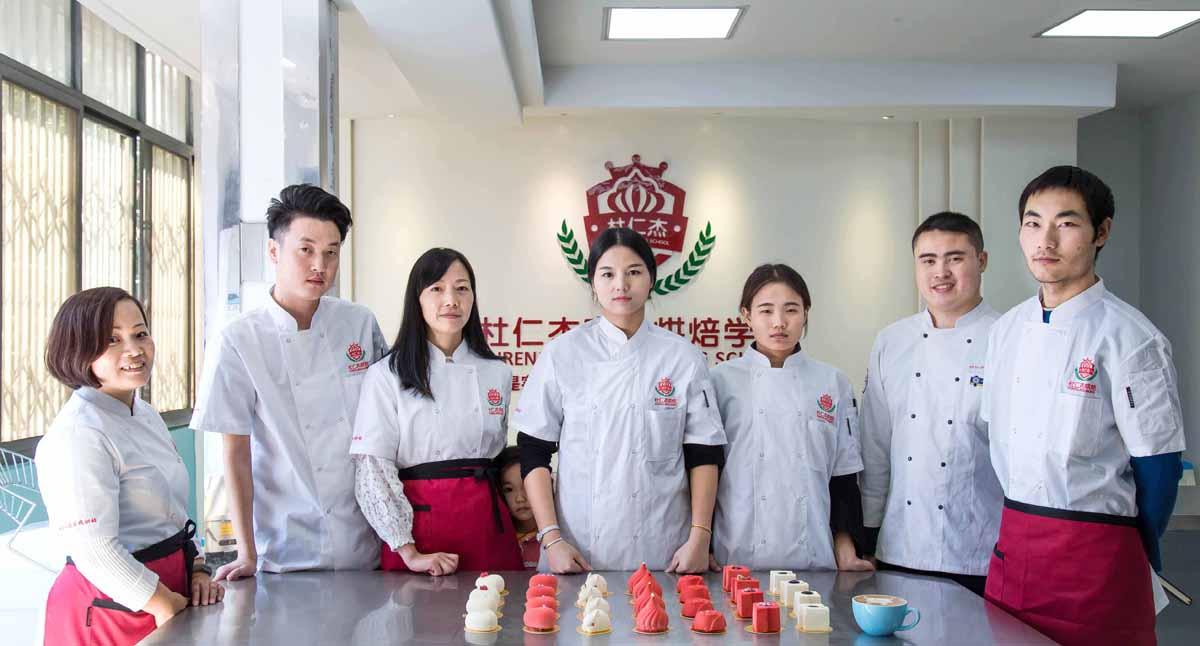 杜仁杰实战烘焙学校环境_让学习有好的环境8