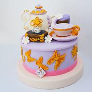 利用翻糖蛋糕作衬托迎接甜品台订单销售