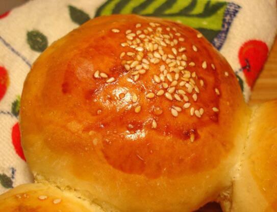 中式面包培训_中式面包制作技术培训价格要多少钱-杜仁杰中式面包培训学校