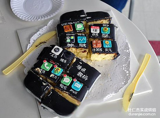 一部可以吃的iPhone5 西点蛋糕延续乔布斯神话