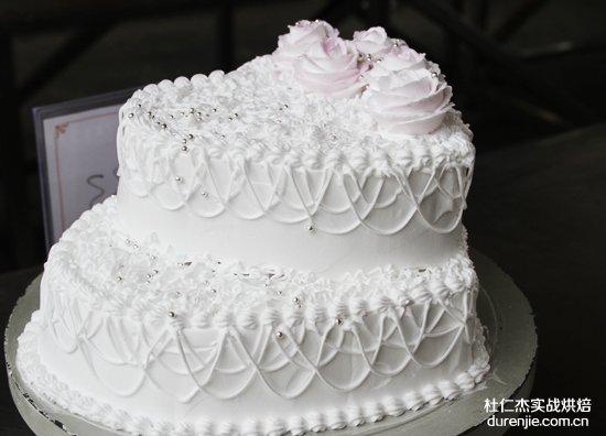 学西点蛋糕 用时尚扮靓青春