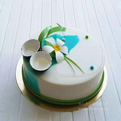 巧做西点蛋糕 尽享美味
