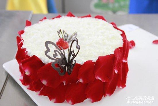 学西点蛋糕 点亮人生之路
