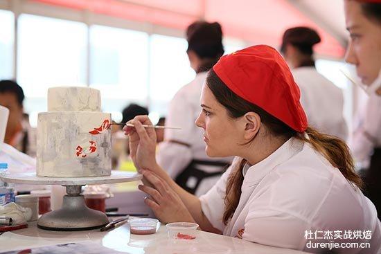 学好西点蛋糕需要哪些技能 学西点蛋糕要学什么