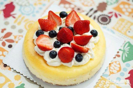 想学习烘焙,应该去培训学校,还是去蛋糕店实习