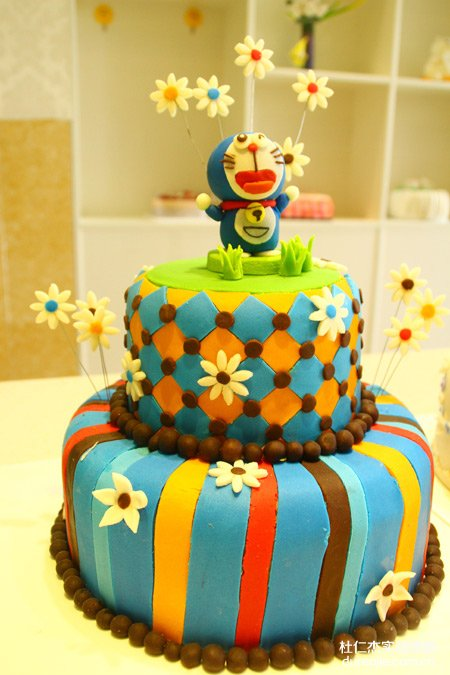 翻糖蛋糕翻出美丽新世界