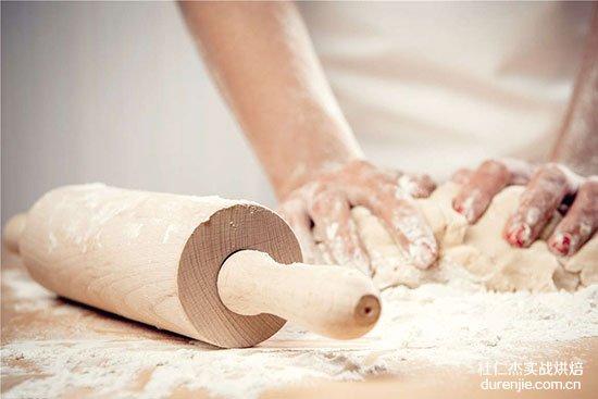 想做一名面包师需要什么资格